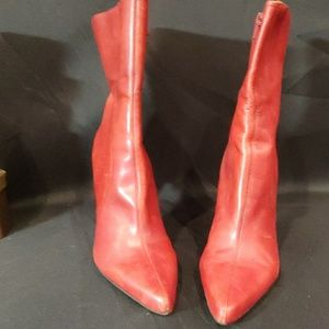NINE WEST RED HEEL ANKLE BOOTS 9 1/2